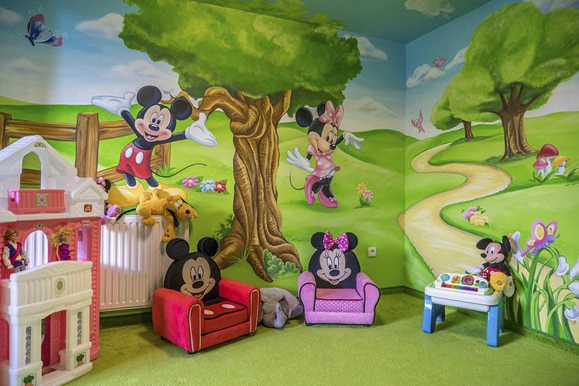 W klubie Myszki Miki